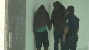 Los tres detenidos por la Policía de Panamá.