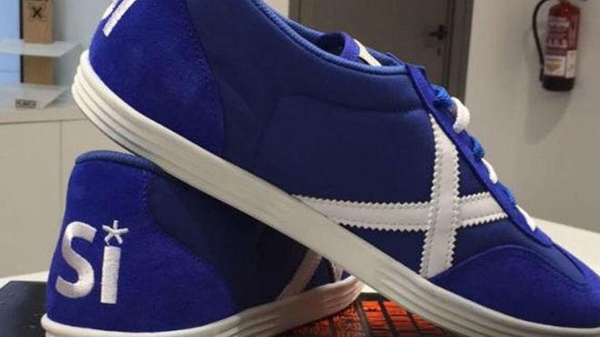 a58f5f9216a Polémica por las zapatillas de la marca MUNICH a favor de la independencia