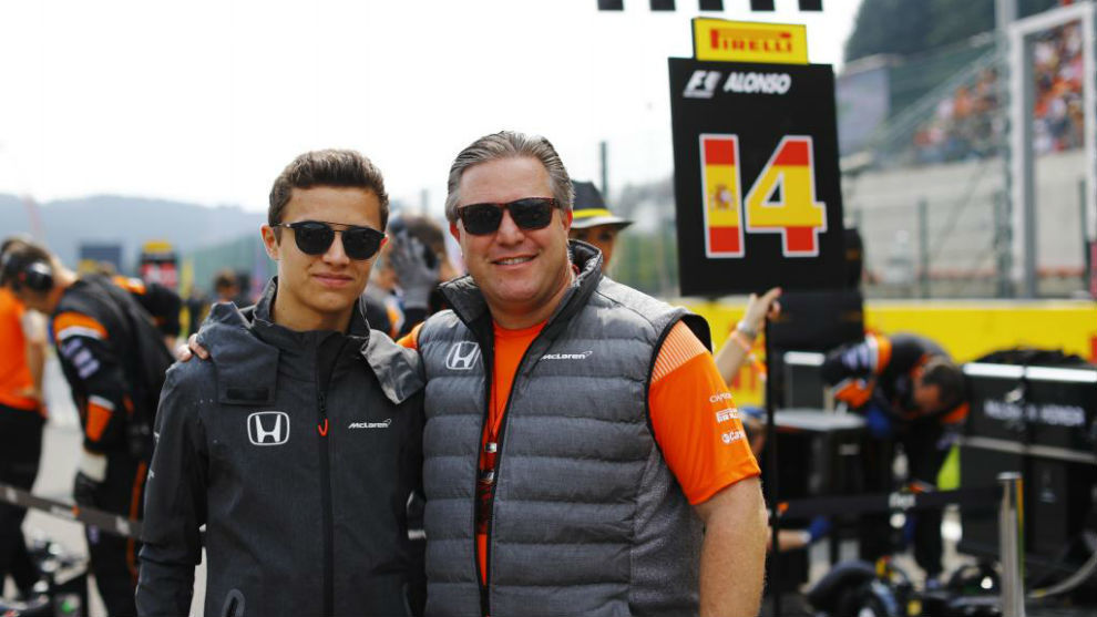 Lando Norris con Zak Brown en Spa Francorchamps