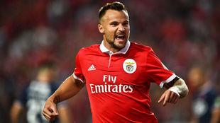 Seferovic, goleador del Benfica.