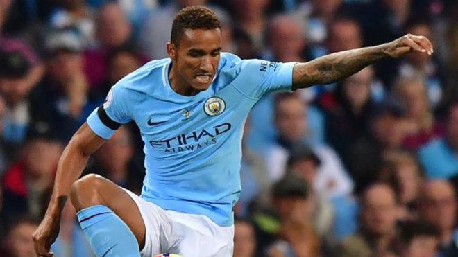 Danilo, con el City.