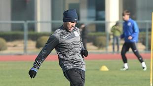 Carlos Tevez (33), en un entrenamiento del Shanghai Shenhua