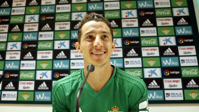 Andrés Guardado, en la rueda de prensa de este miércoles.