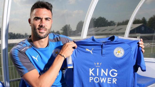 Iborra, durante su presentación como jugador del Leicester.