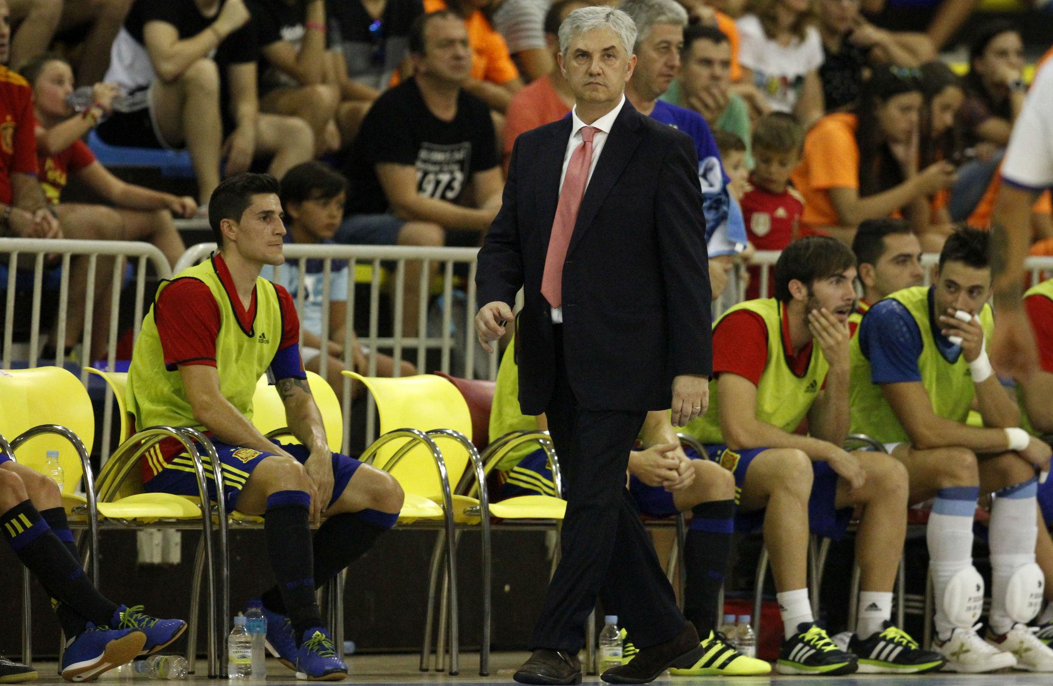 José Venancio López, durante un partido de la selección española.