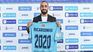 Ricardinho presenta su renovación con el Movistar Inter.