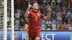 Amanda Sampedro celebra un gol en la Eurocopa 2017.