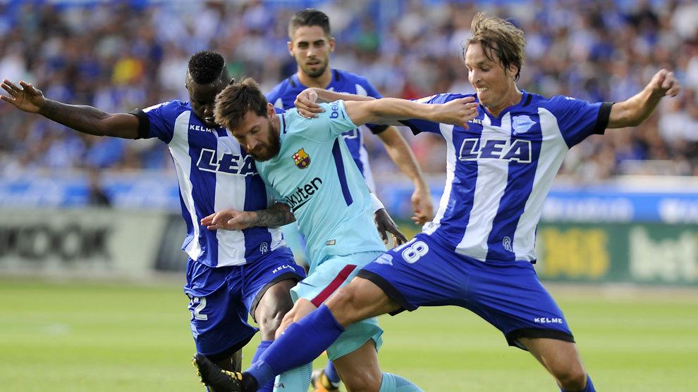 Pina, en el partido entre el Alavés y el Barcelona