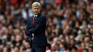 Arsène Wenger durante un partido del Arsenal