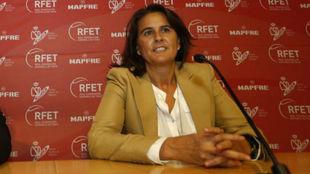 Conchita Mart�nez, durante una conferencia de prensa.