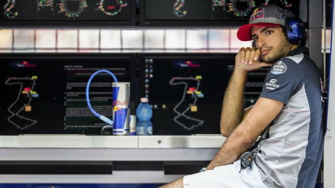 Carlos Sainz, en el Circuito de Marina Bay.