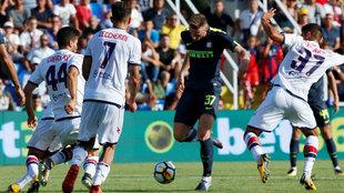 Milan Skriniar (22), remata para anotar el 0-1