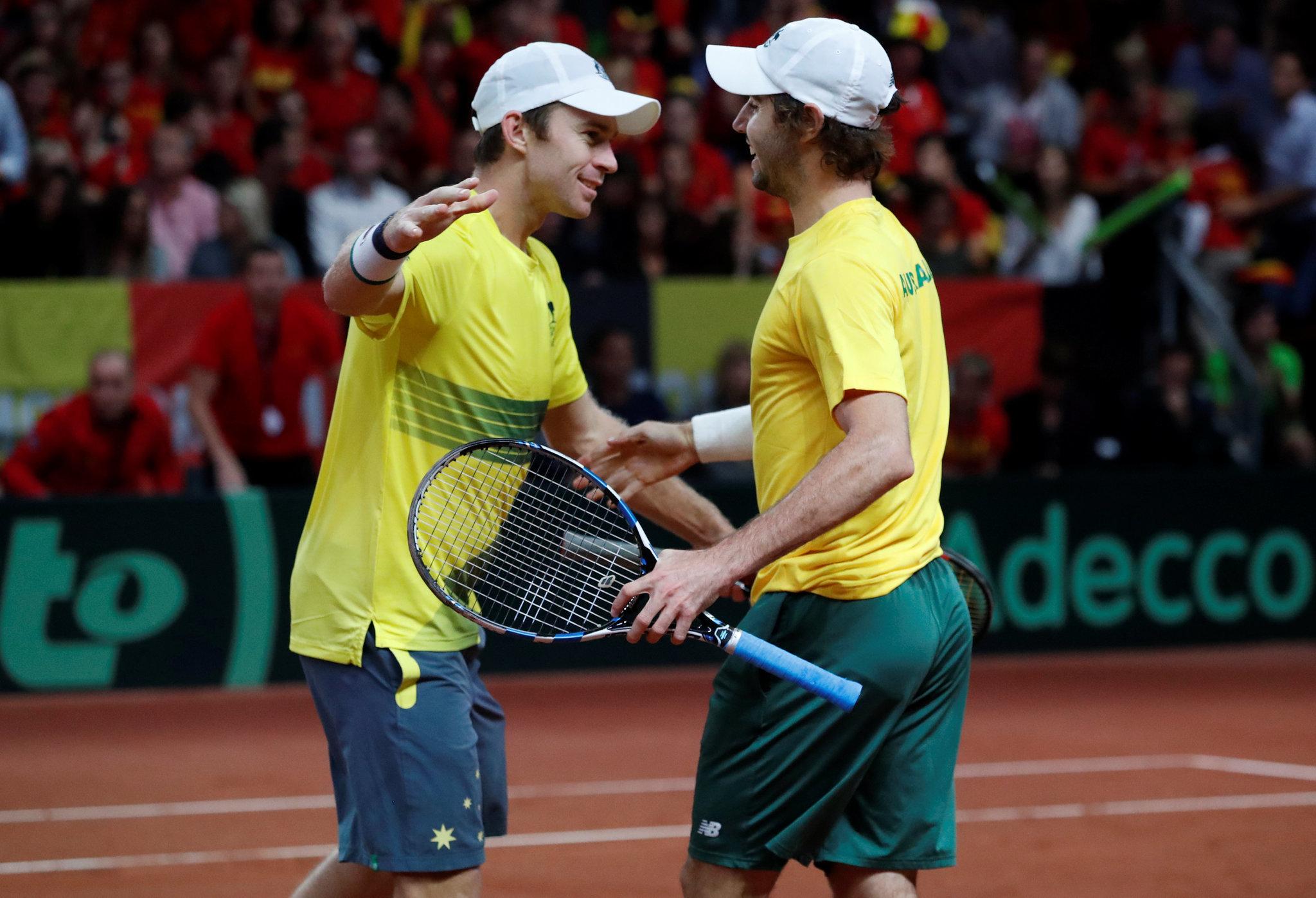 Jordan Thompson y John Peers celebran la victoria ante Bélgica.