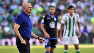 Pepe Mel, durante el partido