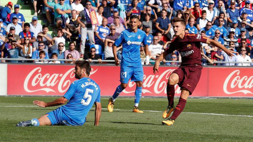 Denis Suárez anota el gol del empate en la victoria (1-2) del Barça...