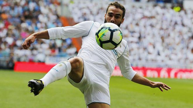 Carvajal, en un momento del partido contra el Levante.