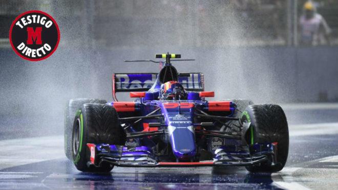 Carlos Sainz pilota su Toro Rosso en Singapur.