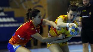 Silvia Arderius, en un partido amistoso con la selección española en...