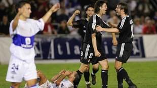 Solari celebra un gol con Celades en el Tenerife-Real Madrid copero...