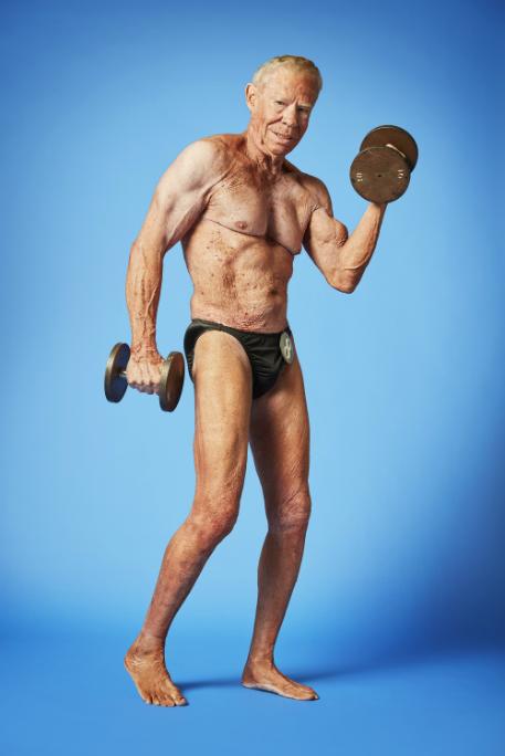 Jim 'Skinny Bones' Arrington, el culturista más viejo del mundo...