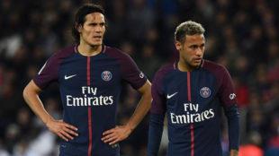 Neymar y Cavani, durante el partido ante el Lyon.