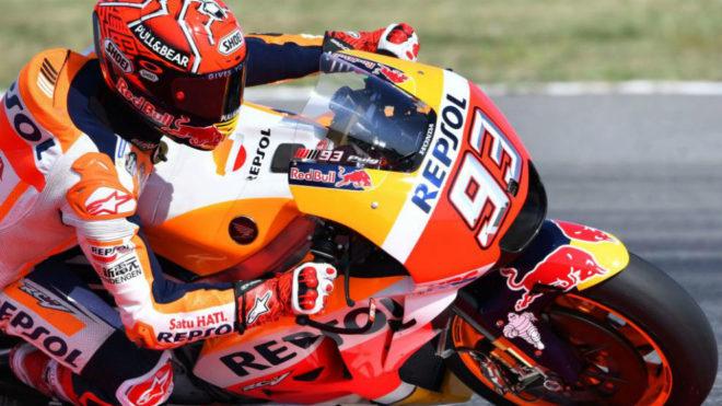Márquez pilota su Honda en el pasado GP de San Marino.