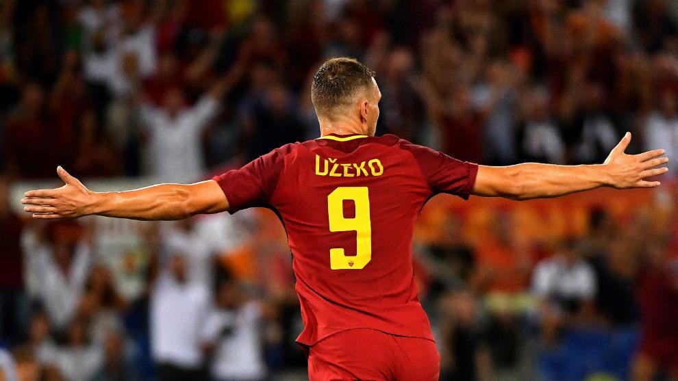 Edin Dzeko, celebrando un gol