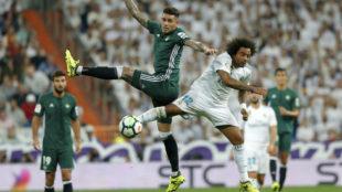 Marcelo durante el partido ante el Betis