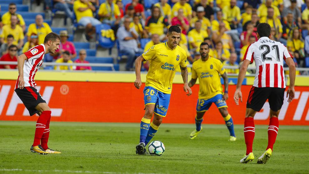 Vitolo, en el partido entre Las Palmas y el Athletic en el estadio de...