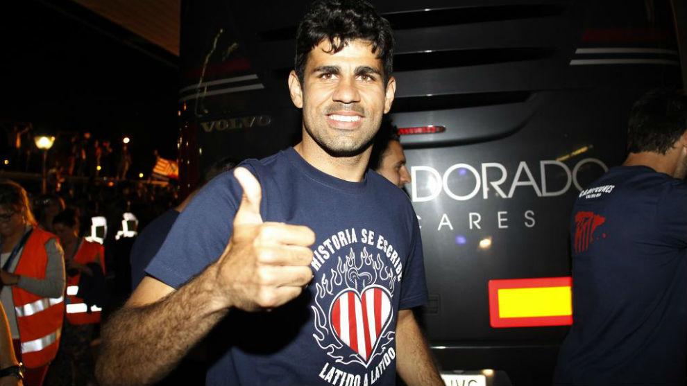 Diego Costa, durante la celebración del título de Liga que...