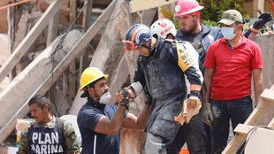 En México, continúan las labores de rescate