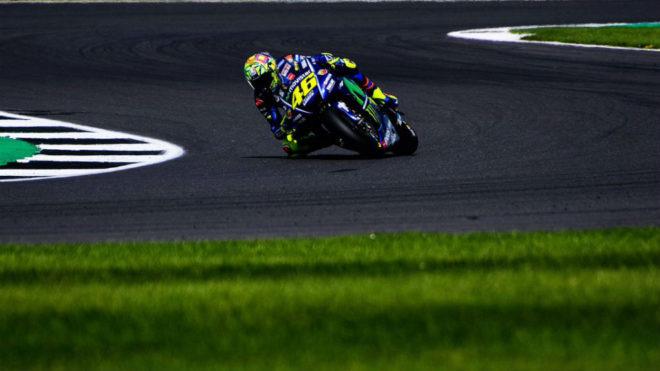 Rossi pilota su Yamaha.