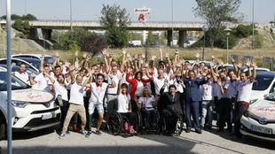 Atletas, dirigentes y organizadores del reto #RompeTusBarreras durante...