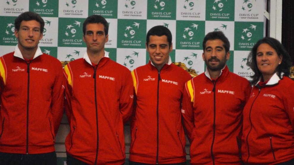 Una de las últimas formaciones del equipo nacional de Copa Davis, con...