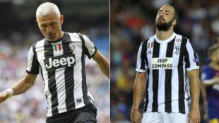 Ravanelli, en un partido benéfico, e Higuaín, con la camiseta de la...