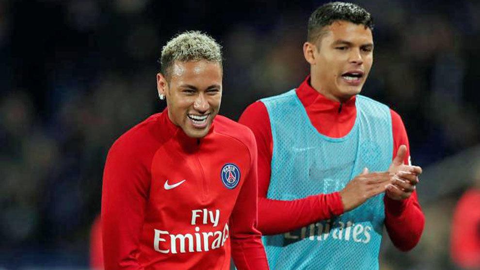 Neymar y Thiago Silva, en un entrenamiento