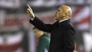 Roberto Mosquera (61)