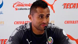 Edwin Hernández durante conferencia de prensa.