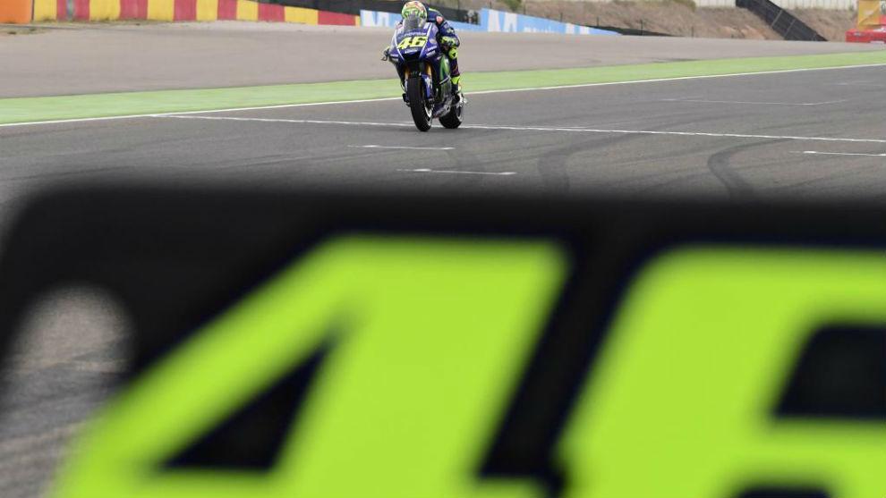 Valentino Rossi, en los entrenamientos libres en Aragón