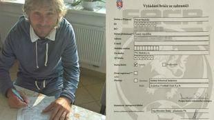 Nedved, en el momento de firmar el contrato con el FK Skalná