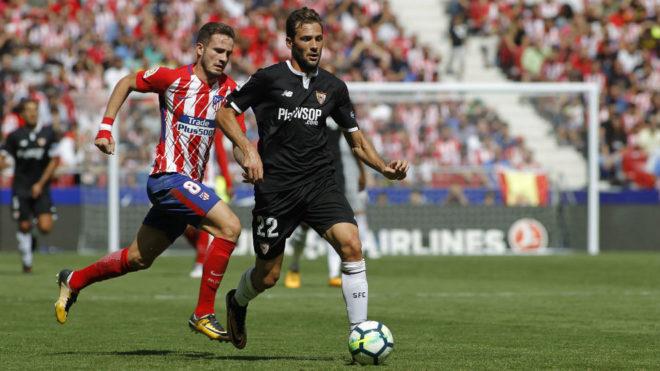Franco Vázquez es seguido por Saúl.
