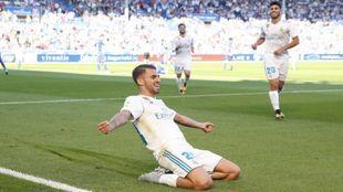 Ceballos celebrando uno de sus goles en Vitoria