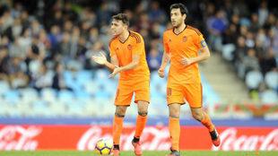 Munir y Parejo, pasado y presente del Valencia, la temporada pasada en...