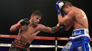 Jorge Linares ataca al aspirante Campbell