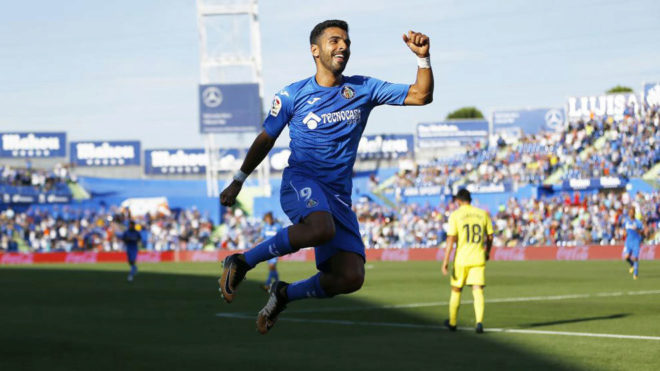Ángel celebra su segundo gol.