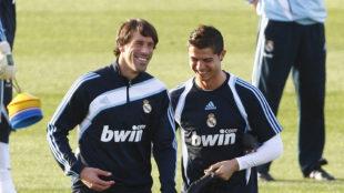 Van Nistelrooy y Cristiano durante un entrenamiento con el Real Madrid