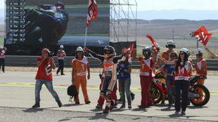 M�rquez celebra la victoria en MotorLand.