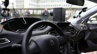 Un Peugeot 308 equipado con radar de velocidad