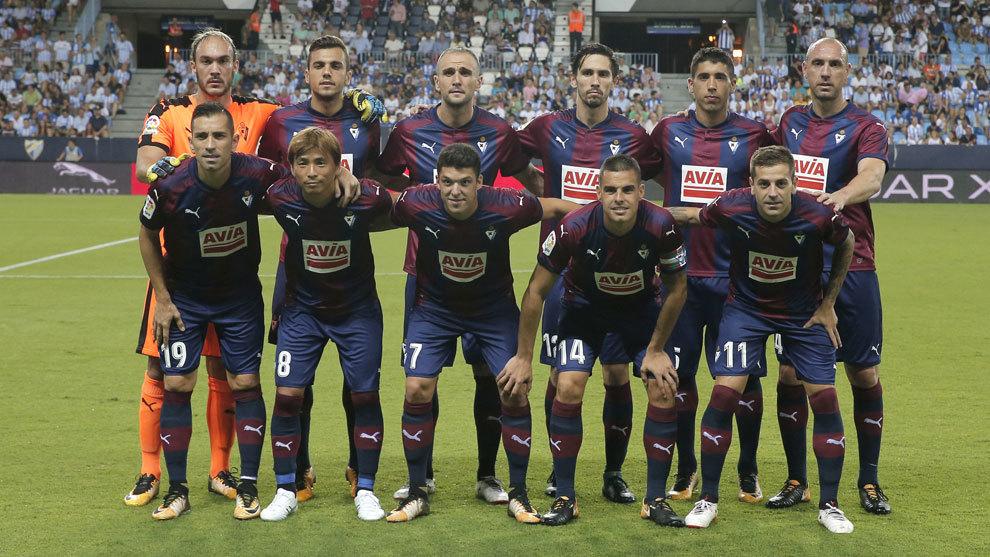 Once del Eibar en el partido ante el Málaga