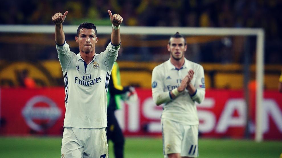 Cristiano Ronaldo celebra uno de los goles que ha marcado en Dortmund.